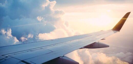 Perché meglio non dormire durante il decollo e l'atterraggio?